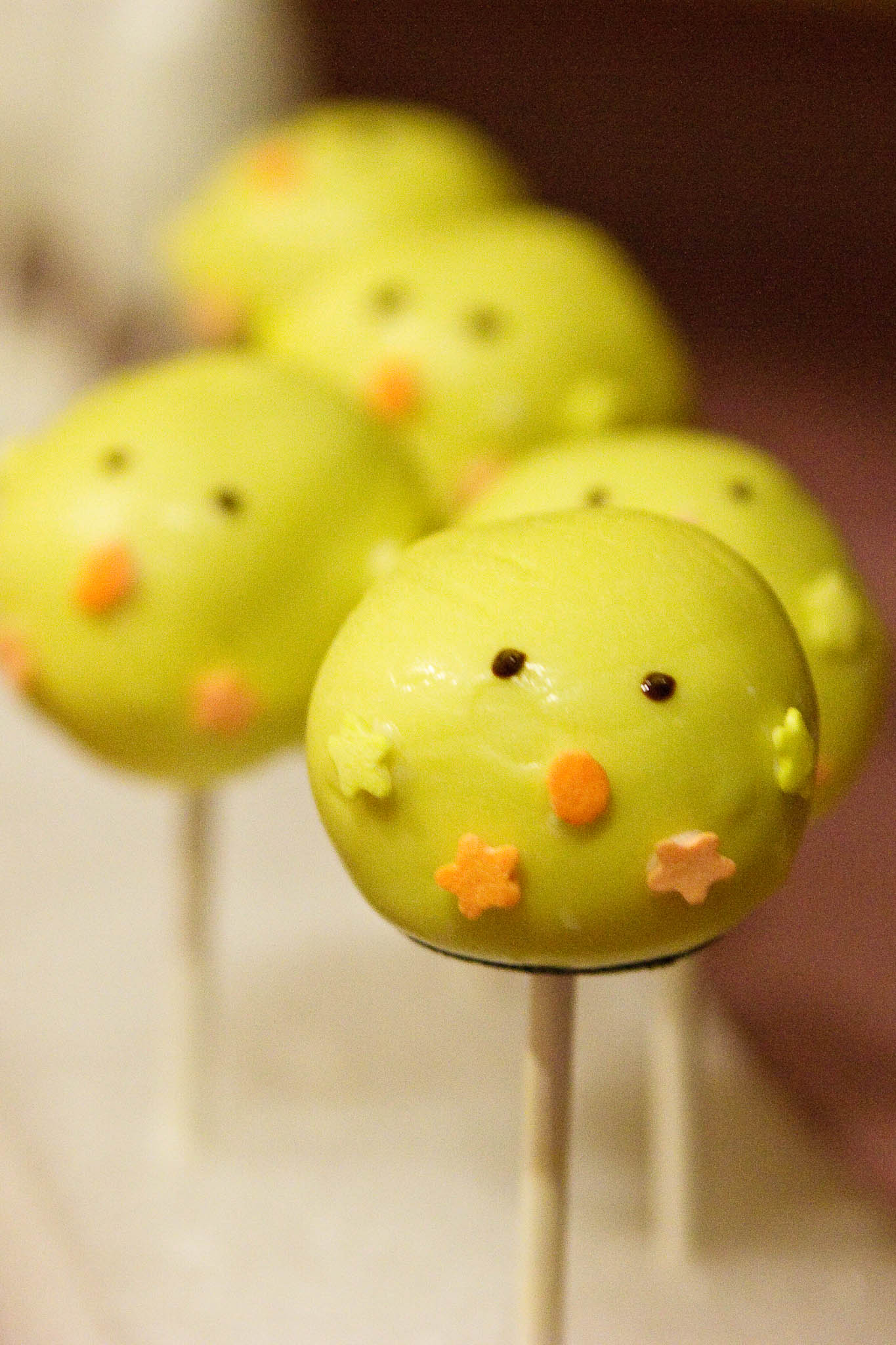 How To Decorate Chick Cake Pops